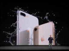 iPhone 8 и 8 Plus: Apple представила старые смартфоны с новой «начинкой»