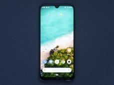 Xiaomi Mi A3: чистый Android и тройная камера