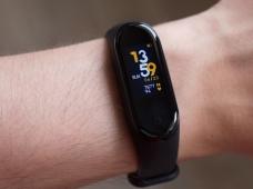 Xiaomi Mi Smart Band 4: главный «народный» браслет — теперь с цветным экраном