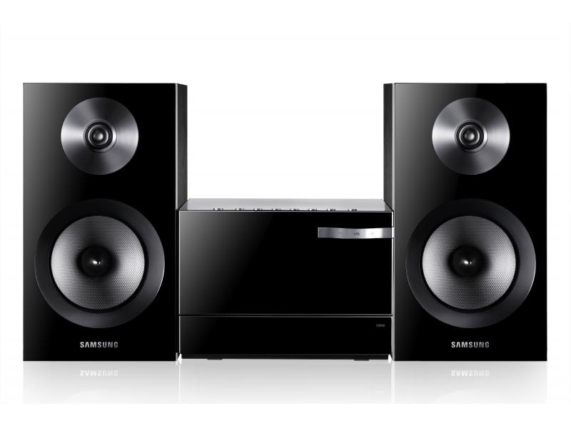 Музыкальный центр Samsung MM-E330D