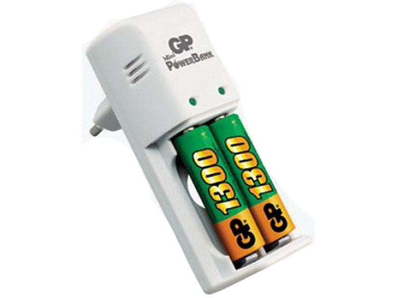 Зарядное устройство GP Standart KB02GS130-CR2